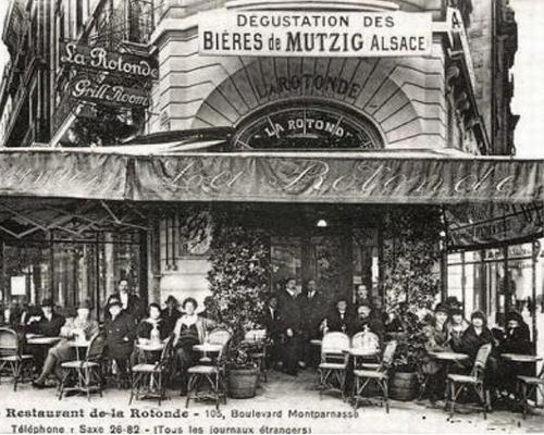 la-rotonde-montparnasse-noir-et-blanc-1